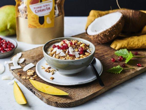Mango-Kokos Granola
