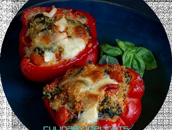 Überbackene Paprika mit Quinoa-Füllung