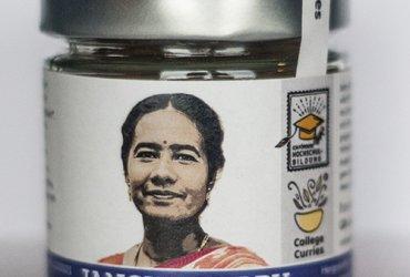 Jancys Curry - BIO